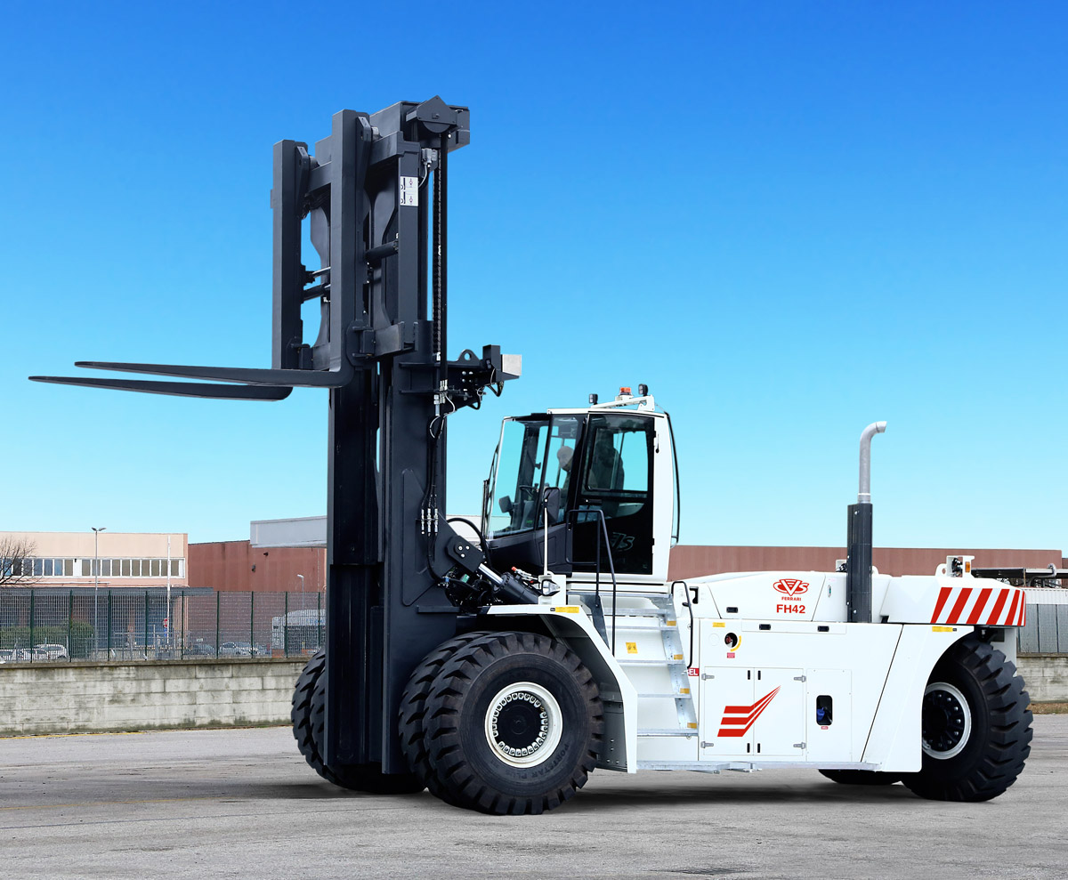 CVS FERRARI - FH - heavy duty fork lift trucks